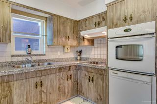 Photo 5: 2476 DUNDAS Street in Vancouver: Hastings East House for sale (Vancouver East)  : MLS®# R2151902