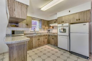 Photo 4: 2476 DUNDAS Street in Vancouver: Hastings East House for sale (Vancouver East)  : MLS®# R2151902