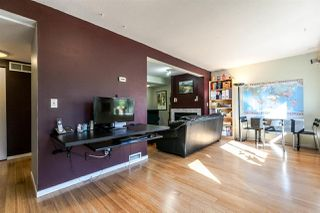 """Photo 5: 8582 FLOWERING Place in Burnaby: Forest Hills BN Townhouse for sale in """"SIMON FRASER VILLAGE"""" (Burnaby North)  : MLS®# R2159362"""