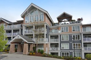 "Photo 1: 505 6460 194 Street in Surrey: Clayton Condo for sale in ""WATERSTONE"" (Cloverdale)  : MLS®# R2160265"
