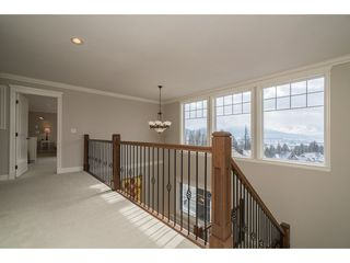 "Photo 13: 36517 CARNARVON Court in Abbotsford: Abbotsford East House  in ""RIDGEVIEW ESTATES"" : MLS®# R2161476"