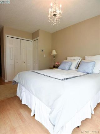 Photo 14: 305 853 North Park St in VICTORIA: Vi Central Park Condo Apartment for sale (Victoria)  : MLS®# 761865