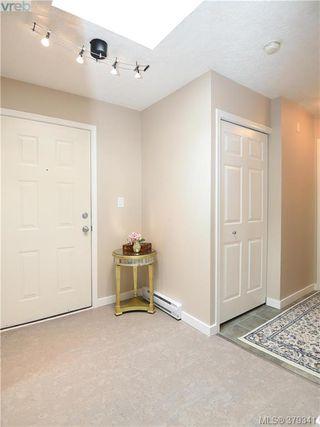 Photo 10: 305 853 North Park St in VICTORIA: Vi Central Park Condo Apartment for sale (Victoria)  : MLS®# 761865