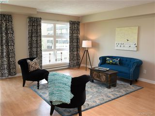 Photo 2: 305 853 North Park St in VICTORIA: Vi Central Park Condo Apartment for sale (Victoria)  : MLS®# 761865
