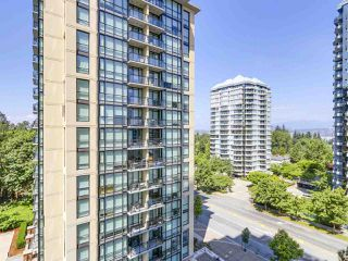 "Photo 11: 808 10777 UNIVERSITY Drive in Surrey: Whalley Condo for sale in ""CITYPOINT"" (North Surrey)  : MLS®# R2184234"