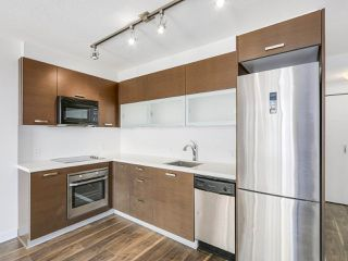 "Photo 5: 808 10777 UNIVERSITY Drive in Surrey: Whalley Condo for sale in ""CITYPOINT"" (North Surrey)  : MLS®# R2184234"
