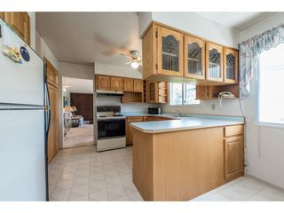 Photo 7: 5515 148 Street in Surrey: Sullivan Station House for sale : MLS®# R2198514