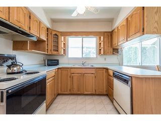 Photo 8: 5515 148 Street in Surrey: Sullivan Station House for sale : MLS®# R2198514