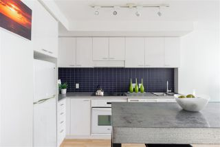 "Photo 10: 2707 131 REGIMENT Square in Vancouver: Downtown VW Condo for sale in ""SPECTRUM 3"" (Vancouver West)  : MLS®# R2198721"