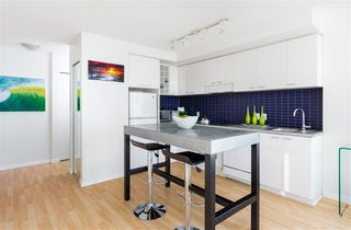 "Photo 8: 2707 131 REGIMENT Square in Vancouver: Downtown VW Condo for sale in ""SPECTRUM 3"" (Vancouver West)  : MLS®# R2198721"
