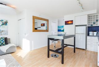 "Photo 7: 2707 131 REGIMENT Square in Vancouver: Downtown VW Condo for sale in ""SPECTRUM 3"" (Vancouver West)  : MLS®# R2198721"