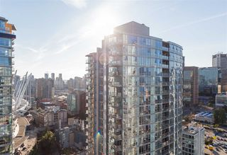 "Photo 15: 2707 131 REGIMENT Square in Vancouver: Downtown VW Condo for sale in ""SPECTRUM 3"" (Vancouver West)  : MLS®# R2198721"