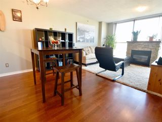 Photo 6: 905 10 LAGUNA COURT in New Westminster: Quay Condo for sale : MLS®# R2200464