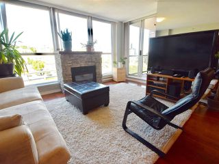 Photo 2: 905 10 LAGUNA COURT in New Westminster: Quay Condo for sale : MLS®# R2200464