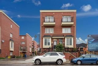 Photo 1: 47 River St in Toronto: Regent Park Freehold for sale (Toronto C08)  : MLS®# C3875102