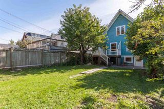"""Photo 20: 1423 E 11TH Avenue in Vancouver: Grandview VE House for sale in """"COMMERCIAL DRIVE"""" (Vancouver East)  : MLS®# R2213839"""