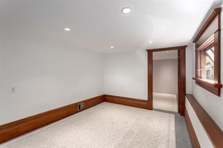 """Photo 17: 1423 E 11TH Avenue in Vancouver: Grandview VE House for sale in """"COMMERCIAL DRIVE"""" (Vancouver East)  : MLS®# R2213839"""