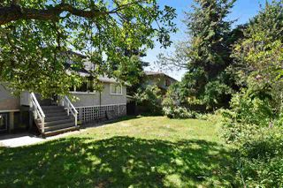 Photo 20: 2107 W 51ST Avenue in Vancouver: S.W. Marine House for sale (Vancouver West)  : MLS®# R2237001