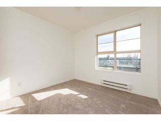 "Photo 16: 404 15325 17 Avenue in Surrey: King George Corridor Condo for sale in ""Berkshire"" (South Surrey White Rock)  : MLS®# R2241475"