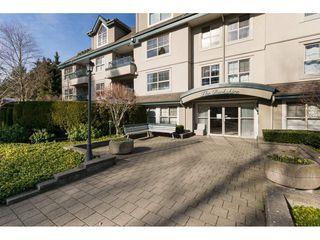 "Photo 1: 404 15325 17 Avenue in Surrey: King George Corridor Condo for sale in ""Berkshire"" (South Surrey White Rock)  : MLS®# R2241475"
