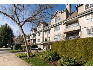 "Photo 2: 404 15325 17 Avenue in Surrey: King George Corridor Condo for sale in ""Berkshire"" (South Surrey White Rock)  : MLS®# R2241475"