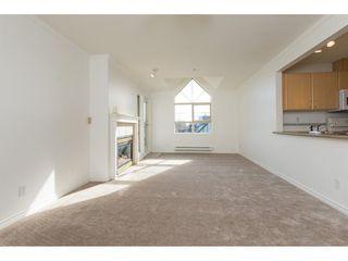 "Photo 4: 404 15325 17 Avenue in Surrey: King George Corridor Condo for sale in ""Berkshire"" (South Surrey White Rock)  : MLS®# R2241475"