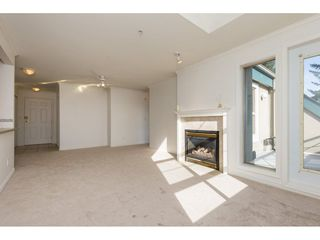 "Photo 6: 404 15325 17 Avenue in Surrey: King George Corridor Condo for sale in ""Berkshire"" (South Surrey White Rock)  : MLS®# R2241475"