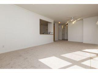 "Photo 7: 404 15325 17 Avenue in Surrey: King George Corridor Condo for sale in ""Berkshire"" (South Surrey White Rock)  : MLS®# R2241475"