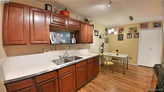 Photo 9: 401 1000 Esquimalt Road in VICTORIA: Es Old Esquimalt Residential for sale (Esquimalt)  : MLS®# 381859