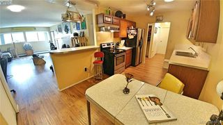 Photo 8: 401 1000 Esquimalt Road in VICTORIA: Es Old Esquimalt Residential for sale (Esquimalt)  : MLS®# 381859
