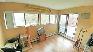 Photo 3: 401 1000 Esquimalt Road in VICTORIA: Es Old Esquimalt Residential for sale (Esquimalt)  : MLS®# 381859