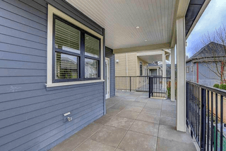 Photo 3: 431 Vernon Drive in Vancouver: Mount Pleasant VE Townhouse for sale (Vancouver East)  : MLS®# R2224988