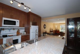 """Photo 4: 176 JAMES Road in Port Moody: Port Moody Centre Townhouse for sale in """"Tall Trees Estate"""" : MLS®# R2246456"""