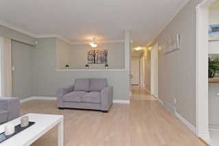 Photo 3: 7572 LEE Street in Mission: Mission BC House for sale : MLS®# R2246590