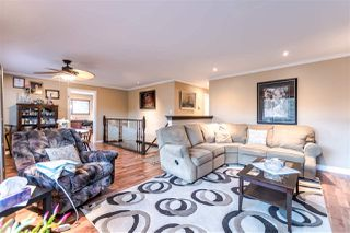 """Photo 2: 2046 BOWLER Drive in Surrey: King George Corridor House 1/2 Duplex for sale in """"King George Corridor"""" (South Surrey White Rock)  : MLS®# R2247928"""