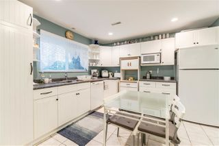 """Photo 11: 2046 BOWLER Drive in Surrey: King George Corridor House 1/2 Duplex for sale in """"King George Corridor"""" (South Surrey White Rock)  : MLS®# R2247928"""