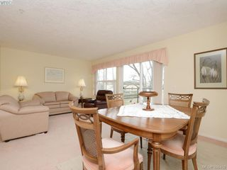 Photo 2: 307 1485 Garnet Rd in VICTORIA: SE Cedar Hill Condo for sale (Saanich East)  : MLS®# 784809