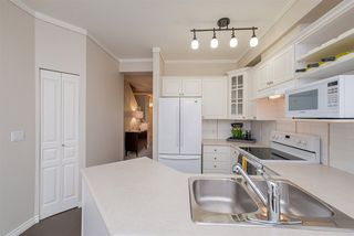 "Photo 10: 47 2678 KING GEORGE Boulevard in Surrey: King George Corridor Townhouse for sale in ""Mirada"" (South Surrey White Rock)  : MLS®# R2263802"