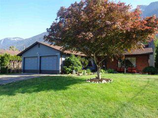 Photo 1: 65540 GORDON Drive in Hope: Hope Kawkawa Lake House for sale : MLS®# R2269442