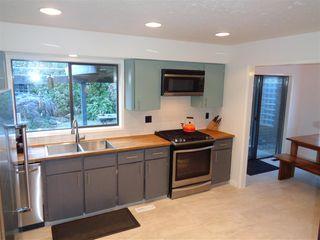 Photo 5: 65540 GORDON Drive in Hope: Hope Kawkawa Lake House for sale : MLS®# R2269442