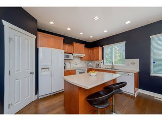"Photo 11: 14898 59 Avenue in Surrey: Sullivan Station House for sale in ""Miller's Lane"" : MLS®# R2279086"