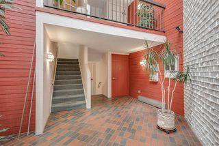 "Photo 3: 205 340 NINTH Street in New Westminster: Uptown NW Condo for sale in ""PARK WESTMINSTER"" : MLS®# R2280042"