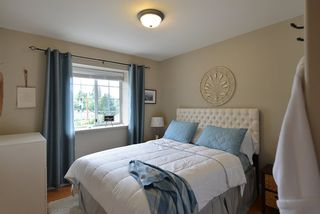 Photo 11: 1211 CAROL Place in Gibsons: Gibsons & Area House for sale (Sunshine Coast)  : MLS®# R2290934