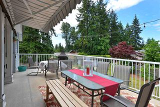 Photo 1: 1211 CAROL Place in Gibsons: Gibsons & Area House for sale (Sunshine Coast)  : MLS®# R2290934