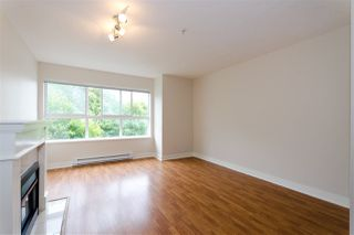 "Photo 3: 63 15353 100 Avenue in Surrey: Guildford Townhouse for sale in ""The Soul of Guildford"" (North Surrey)  : MLS®# R2291176"