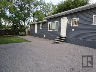 Photo 13: 22 Van Mol Road in St Andrews: Highway Gardens Residential for sale (R13)  : MLS®# 1823989