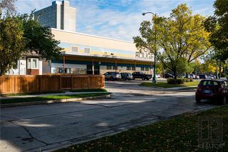 Photo 18: 492 Kylemore Avenue in Winnipeg: Fort Rouge Residential for sale (1Aw)  : MLS®# 1826148
