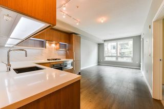 """Photo 13: 126 9388 ODLIN Road in Richmond: West Cambie Condo for sale in """"OMEGA"""" : MLS®# R2309657"""
