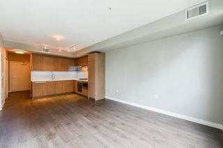 """Photo 9: 126 9388 ODLIN Road in Richmond: West Cambie Condo for sale in """"OMEGA"""" : MLS®# R2309657"""