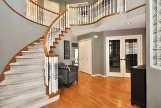 """Photo 2: 8438 214B Street in Langley: Walnut Grove House for sale in """"Forest Hills"""" : MLS®# R2317058"""